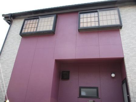 鮮やかなピンクの外観♪外壁塗装リフォーム!
