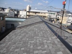 これで入居者も安心! 借家3棟の屋根工事。