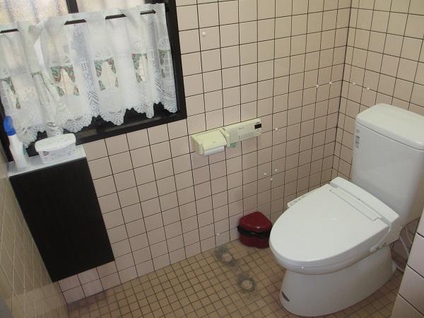 みんなが使いやすく!オフィスのトイレを和式トイレから洋式トイレにしました。
