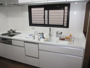 明るく使いやすいキッチンになりました♪