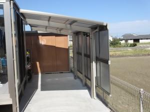 サイドパネル付きサイクルポート設置で雨風対策もバッチリ!