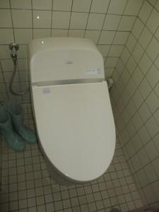 超節水・機能充実のトイレに交換しました♪
