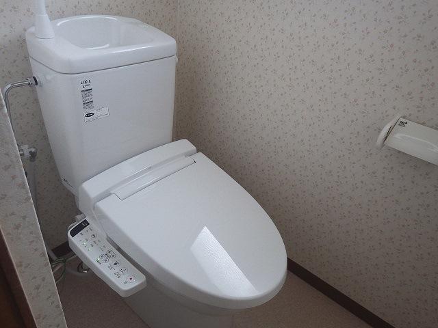 汲み取り式トイレから快適な洋式トイレへ大変身♪