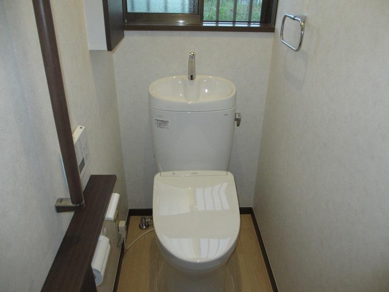 内装&収納力UPで快適トイレになりました♪