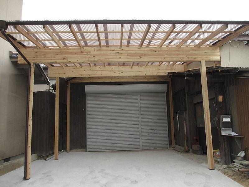 明るく広々、オリジナルの車庫♪