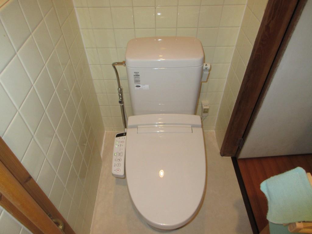 寒い印象の和式トイレからあったか洋式トイレに!