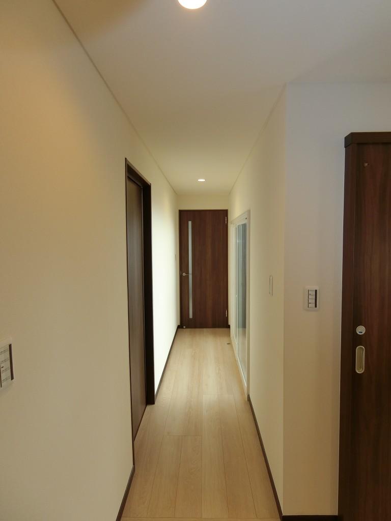 2世帯で住む家族のかたち -2Fを全室洋室にリノベーション-